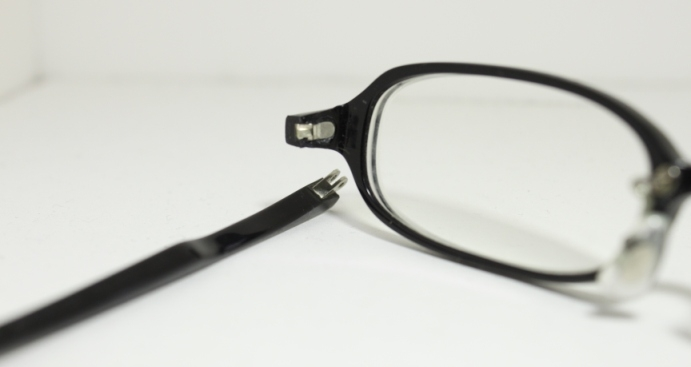 7a6beff1b7920f メガネ工房ささき::めがねの修理